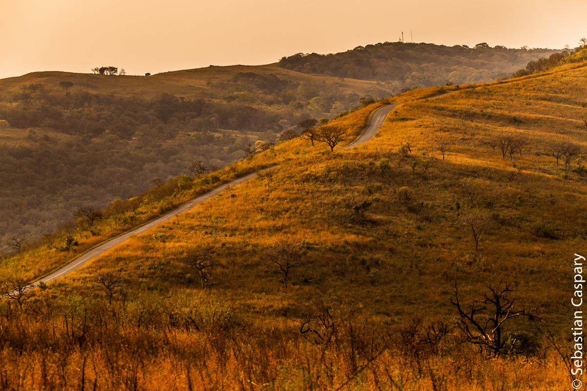 Die Landschaft des Hluhluwe-iMfolozi Nationalparks ist traumhaft.